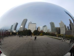 Das Kunstwerk Cloud Gate in Chicago, auch genannte the Bean