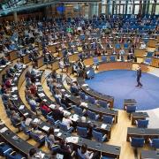 Blick auf den Plenarsaal in Bonn